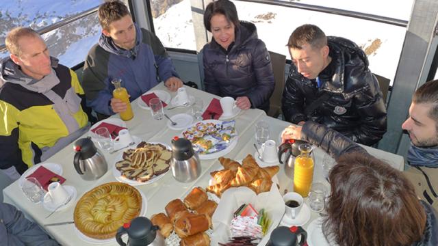Frühstück in der Luft