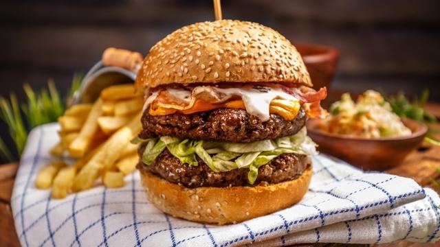 Burger-Abend im Restaurant Le Sommet