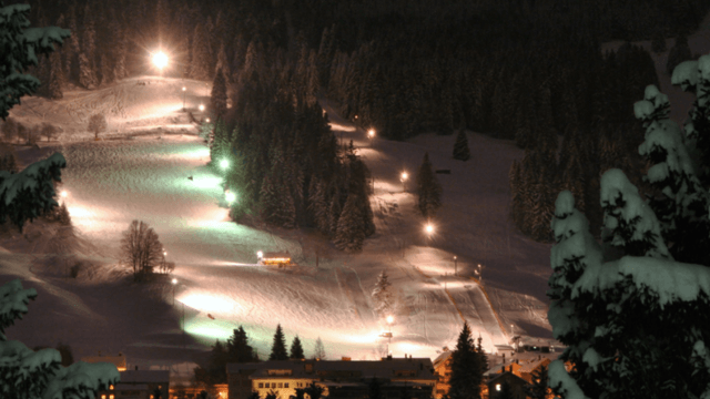 Nächtlicher Ski-Spass