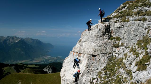 Klettersteig des Aï-Turms